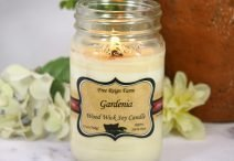Gardenia Wood Wick Soy Candle
