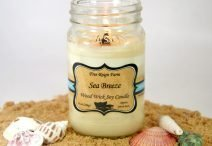 Free Reign Farm Sea Breeze Wood Wick Soy Candle